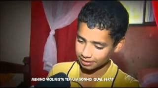 Vinícius mora em um sítio, em Mairinque, no interior de São Paulo. ...
