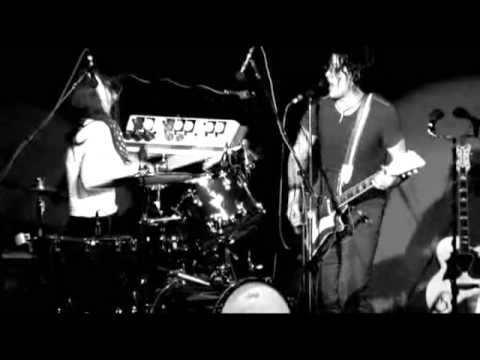 The White Stripes - Under Nova Scotian Lights - 09 I'm Slowly Turning Into You
