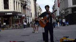 CAUGHT IT OSLO - TALENTED LOOP PEDAL DUDE