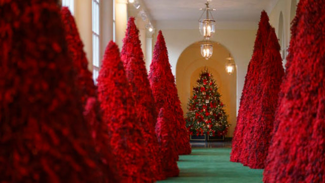 Take A 360 Degree Tour Of The 2018 White House Holiday Decorations