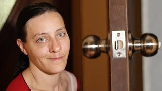 видео Как вытащить замок из двери