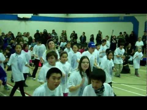 Inuit youth do the hustle- Inukjuaq  -Blueprintforlife 2012