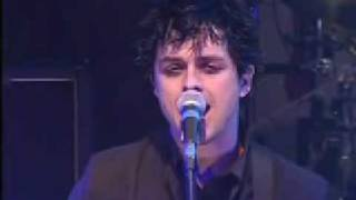 Download Green Day Boulevard of Broken Dreams @ Top of the pops MP3 song and Music Video