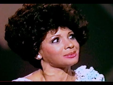 Shirley Bassey - The Greatest Performance Of My Life (1976 Show #6)