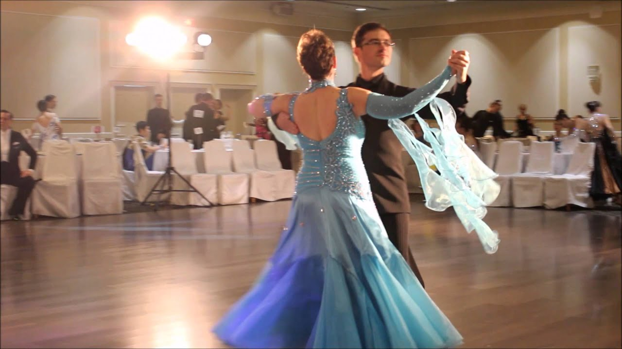 how to dance the foxtrot