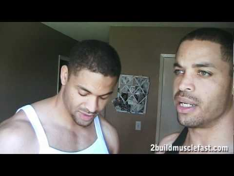 Optimum Nutrition 100% Whey Gold Standard Supplement Review @hodgetwins