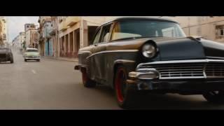 『ワイルド・スピード ICE BREAK』白熱のキューバ・マイル・レース映像