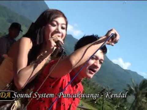 NEW MADONA vs Norman Hidayat _Bahtera Cinta#Live Purbo 2014