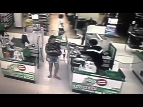 คนร้ายใช้บัตรเดบิตธนาคารกรุงไทย รูดซื้อสินค้า 08/09/2558 ห้างโลตัส