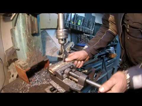Долбежное приспособление на токарный, из шатунов и штока аммортизатора