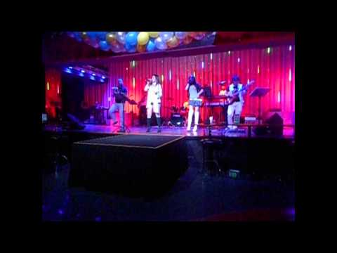 Ji club performing