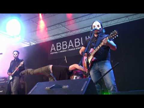 tre-allegri-ragazzi-morti-codalunga-occhi-bassi-abbabula-festival-sassari-13-5-2010-nemoivan