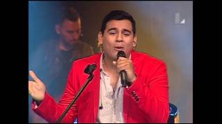 "Sebastián Landa vs. Juan Diego Jaramillo cantan ""No tengo dinero"" | Batallas | La Voz Perú 2015"