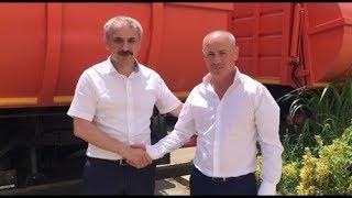 Набиюла Карачаев и Энрик Муслимов проверили новую спецтехнику по сбору мусора