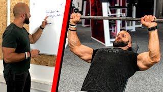Muskelaufbau Trainingsplan für Brust, Trizeps und Schultern