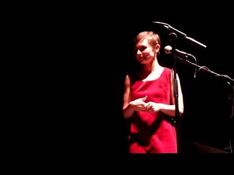 Kat Edmonson singing in French @ Rocher de Palmer (Bordeaux)
