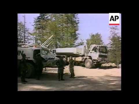 Bosnia - Swedish Convoy Attacked