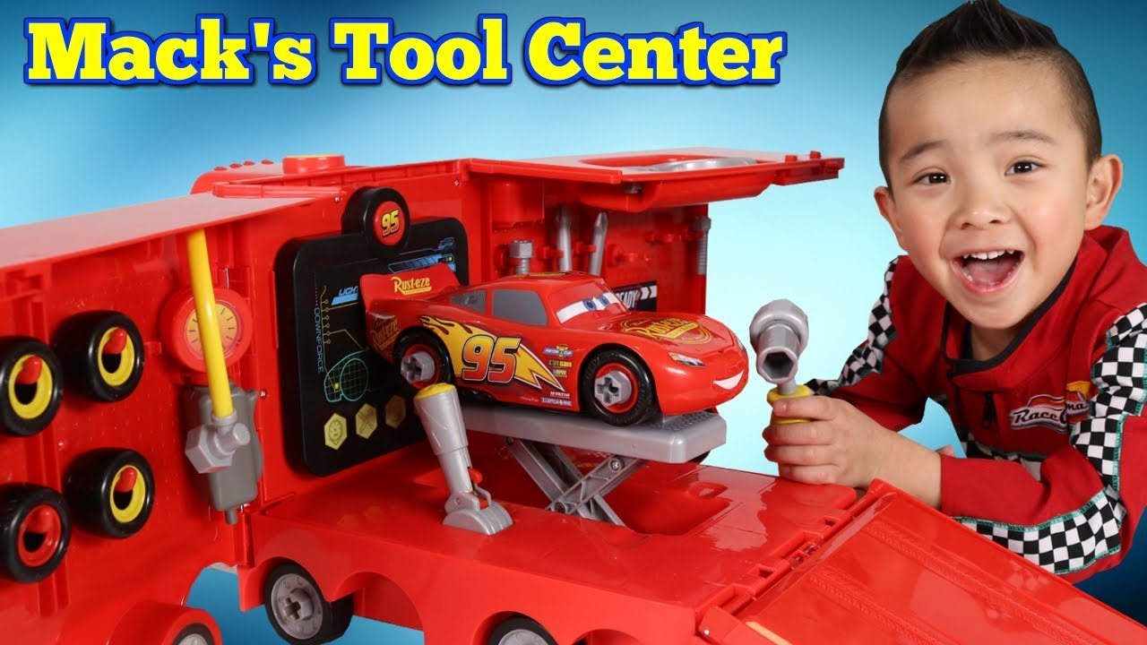 hight resolution of mack s mobile tool center disney cars 3 toys unboxing fun with ckn toys