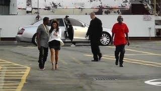Kanye West Forbids Kim Kardashian From Taking Pics With Fans - Splash News   Splash News TV