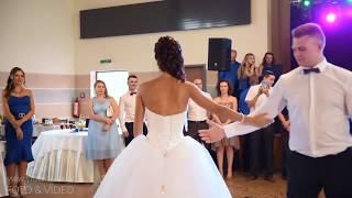 Свадебный танец молодоженов  Песня была написана самим женихом!
