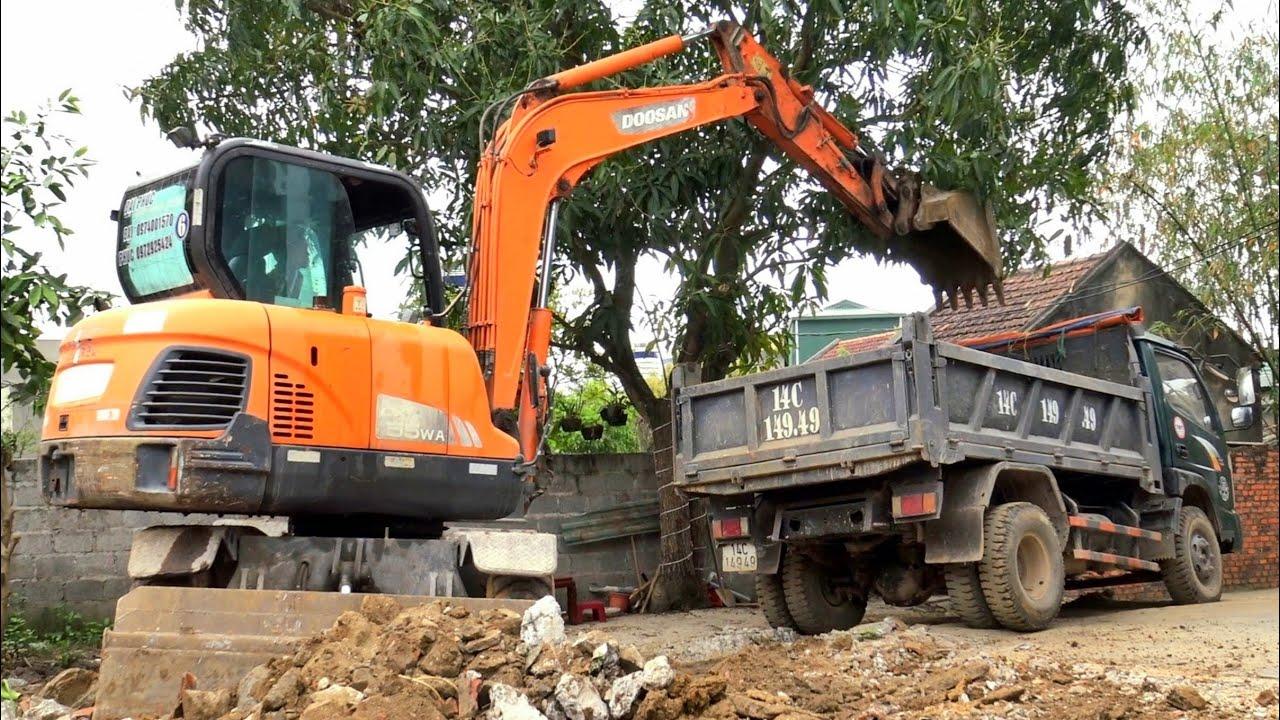 Máy Xúc DOOSAN DX55W Làm Việc, Xe Ô Tô Tải Ben TMT Chở Đất | Excavator Dump Truck | TienTube TV
