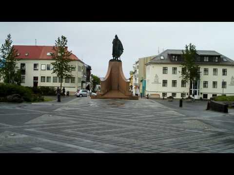 Leifur Eiriksson Square - Reykjavik - June 14, 2009