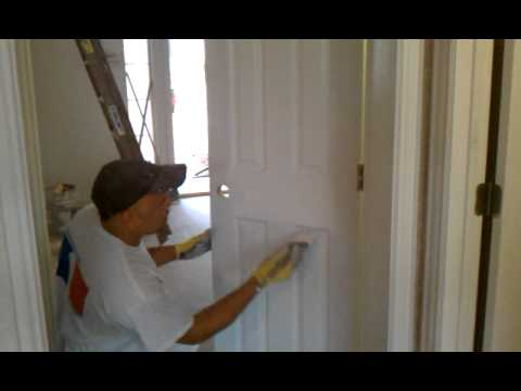 Steps On How to Paint A Door in Oil base..3gp