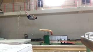 新ヤマシタ跳び (ヤマシタ跳び一回ひねり)スロー  Yamashita with 1/1 t. Vault slow motion