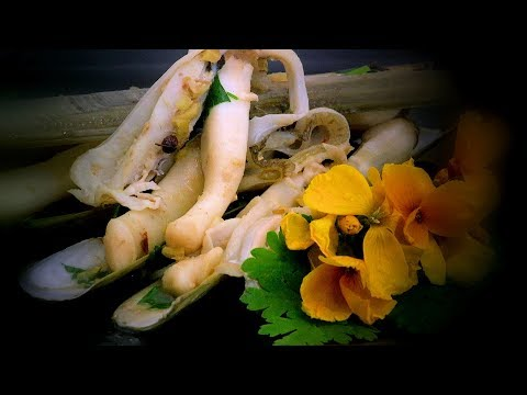 Sichuan Razor Clams (Chinese Style Spicy Seafood Recipe)