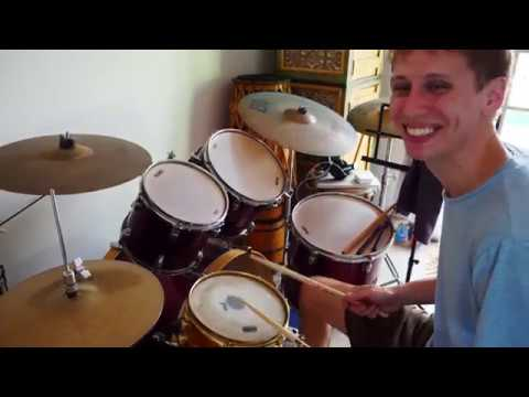 Trying My Friends Drum kit!