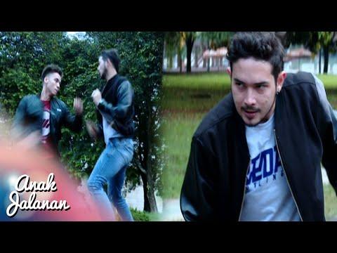 Boy Menghajar Tristan Yang Sedang Memaksa Ginar [Anak Jalanan] [5 September 2016]