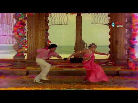 Kondaveeti Raja Songs - Kommalaki Koyilaki - Chiranjeevi, Radha
