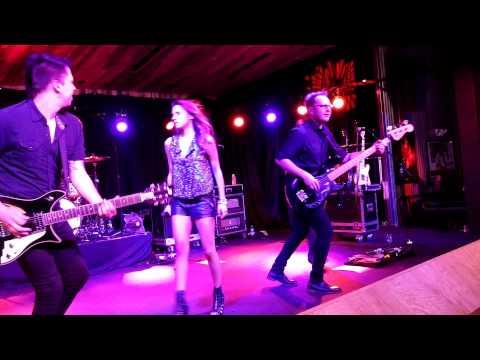 Jana Kramer - Covers - Barkley/Crazy - Twain/Don't Impress - Eminem/Monster LIVE VA 9/26/14