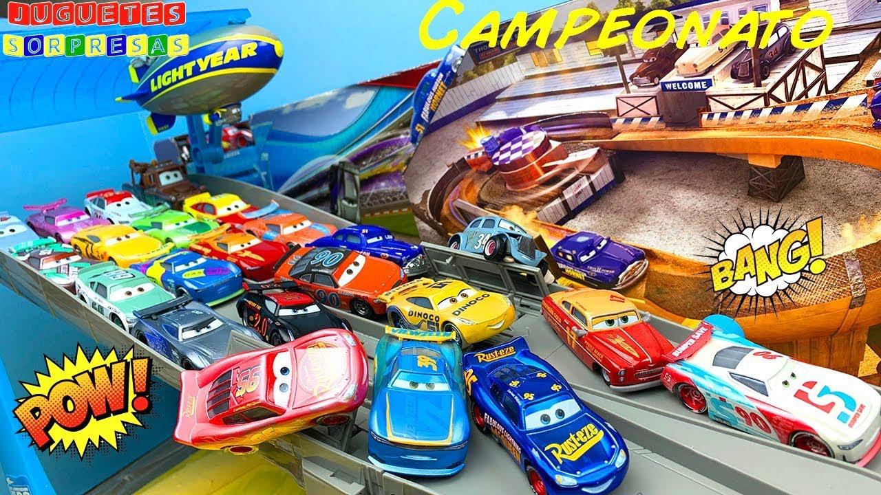 DISNEY CARS FIREBALL BEACH RACERS VS THOMASVILLE RACING LEGENDS Carros de Carrera - Pista de Coches