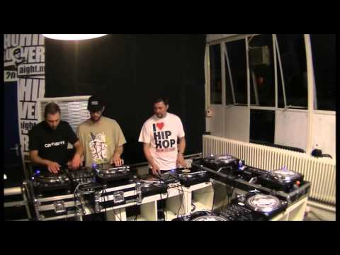 Freestyle jammin and cutting / Hip Hop DJs