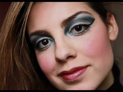 Cobalt Blue Make Up
