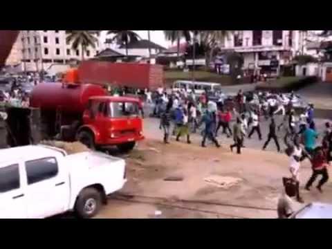 IPOB BIAFRA BURNING NIGERIA FLAGS IN PORT HARCOURT