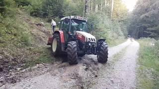 Steyr 9094 im Wald mit Seilwinde
