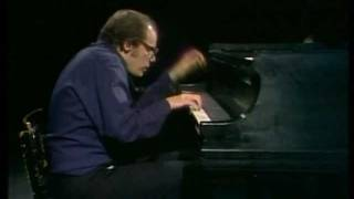 Glenn Gould-J.S. Bach-The Art of Fugue (HD) thumbnail
