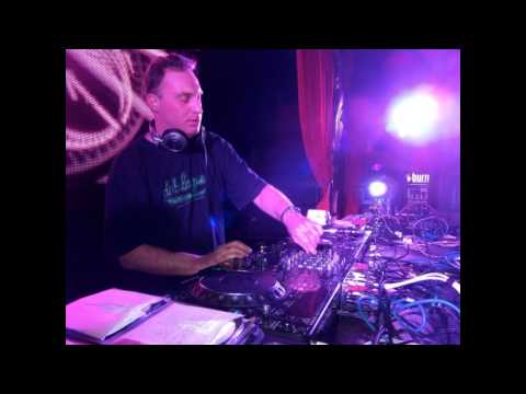 DJ Aphrodite - Live at Pirate Station - D´n´B set