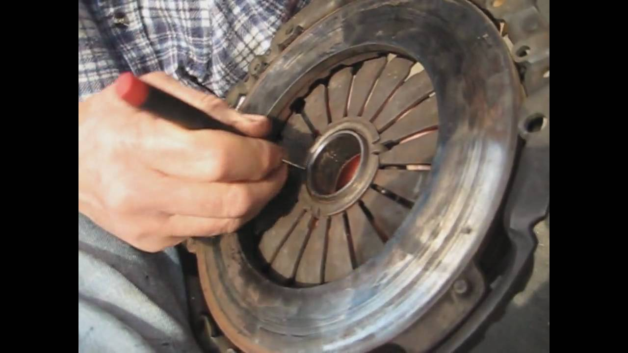 Pull Clutch Release Bearing Removal Wmv Youtube