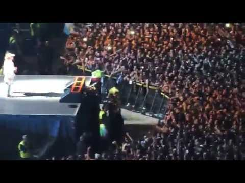 SWEET CHILD OF MINE (Intro Slash - en vivo) -  GUNS N' ROSES - 04/11/2016 - BUENOS AIRES.-