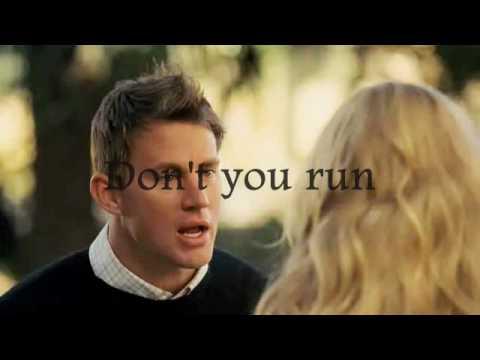 Amanda Seyfried - Little House, Dear john (lyrics)