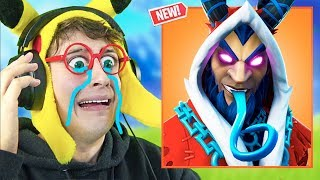 **THE GRINCH RUINS ME** THE CHRISTMAS!! in Fortnite Battle Royale - (New Skin KRAMPUS Reaction)