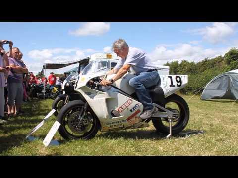 Brian Crighton starting Steve Hislops TT winning bike at Norton Festival