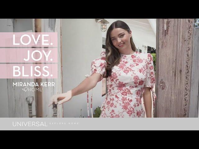 米蘭達可兒「Love. Joy. Bliss (愛.喜悅.無比幸福)」在馬里布居所