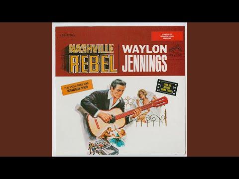 Flashback: Waylon Jennings Sings John Lennon's 'Norwegian Wood'