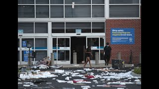 CHICAGO CHAOS: Extensive damage in downtown Chicago after night of looting and rioting