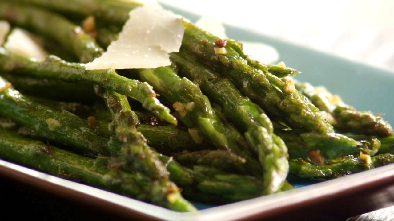 hoe bereid je groene asperges