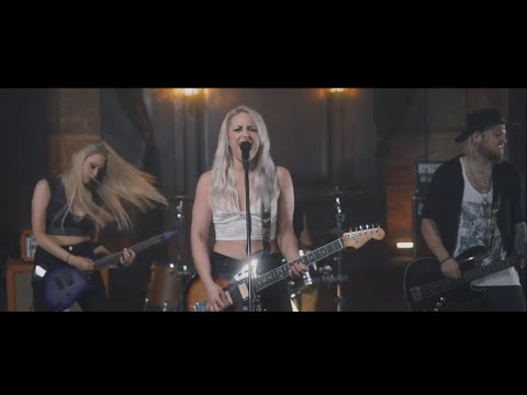 Skin - Marisa And The Moths (Official) Mp3